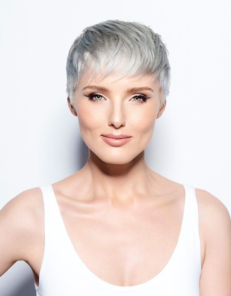 Blonde Life quick tone hair color model