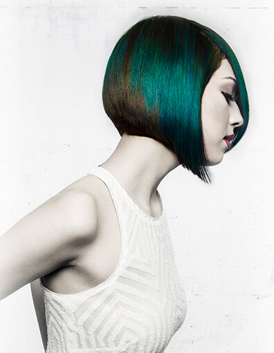 Model with short bob and green hair